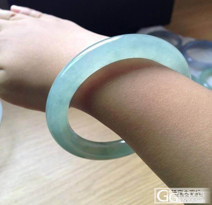 【新货:特惠】精品冰绿水:圆条手镯【..._翡翠
